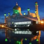 【ブルネイ】美しく輝くスルタンオマールアリサイフディンモスク