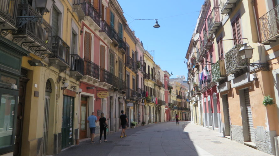 【イタリア】イタリア・サルディーニャ島は地中海に浮かぶ絶景リゾートアイランド!