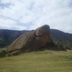 【モンゴル】テレルジにある自然に出来た亀石